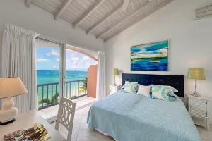 Villas on the beach 402 bedroom 3