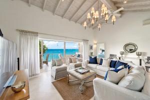 Villas on the beach 402 living room
