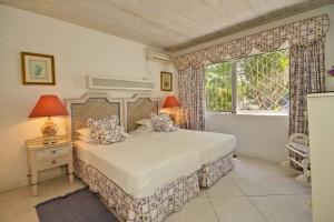Aquamarine villa Barbados bedroom2