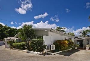 Aquamarine villa Barbados entrance