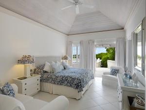 Aurora villa bedroom 5