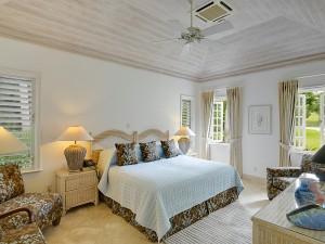 Aurora villa bedroom 2