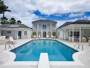 Aurora villa swimming pool