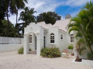 Front entrance to Camden Nook beach house