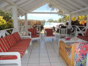 Barefoot Bay Cottage patio