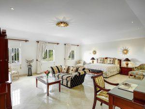 Bohemia-villa-bedroom1