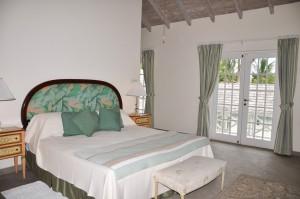 CaLimbo-villa-Barbados-bedroom