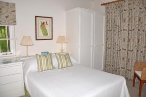 CaLimbo-villa-Barbados-cottage-bedroom