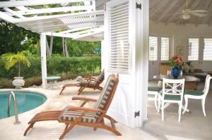 CaLimbo-villa-Barbados-cottagepool