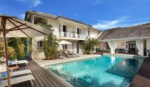 CaLimbo-villa-Barbados-pool