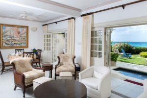 Chanel 5 Mahogany Bay interior
