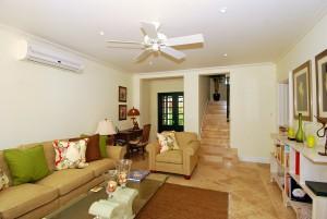 Coco villa Mullins Bay interior