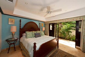 Coral-Cove-3-Green-Flash-Barbados-bedroom