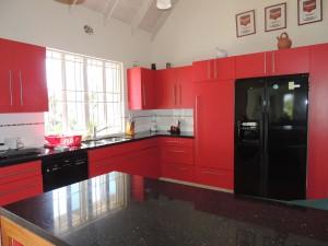 Crows Nest modern kitchen