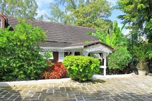 Dudley Wood villa rental Barbados entrance