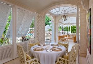 High Cane villa breakfast room