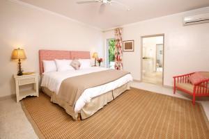 High Trees villa bedroom 2