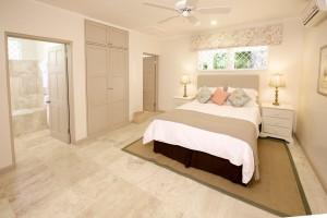 High Trees villa bedroom 3