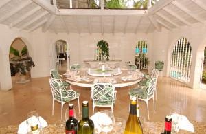 Landfall villa Sandy Lane dining