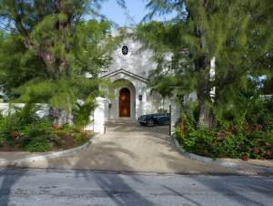 Entrance to Latitude Villa