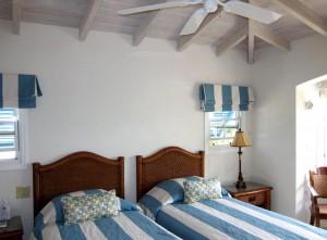 Maxwell Beach Villas 501 bedroom 2