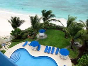 Maxwell Beach Villas 501 view pool