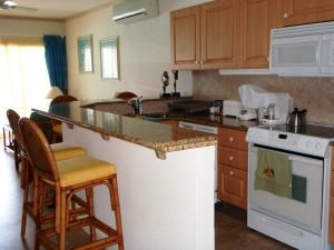 Maxwell Beach Villas 503 kitchen
