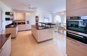 howzat-villa-rental-barbados-royal-westmoreland-kitchen