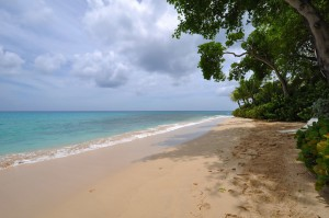 oceans-edge-barbados-villa-rental-beach
