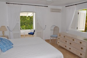 Ocean's Edge master bedroom