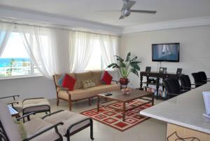 Palm Beach Condos 509 living room