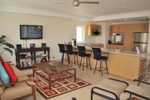 Palm Beach Condos 509 kitchen