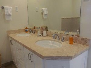 Palm Beach Condos master bathroom