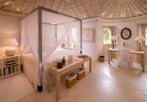 Pink Cottage bedroom