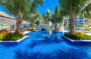 Port Ferdinand pool island