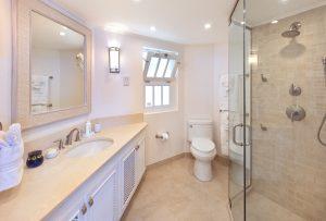 Reeds-House-10-Barbados-rental-bathroom