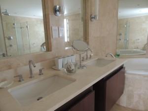 Reeds House 14 bathroom