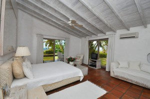 San Flamingo villa bedroom 5