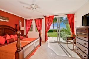 Barbados Sapphire Beach 118 downstairs master