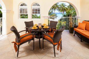 Sapphire-Beach-118-dining-balcony