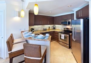 sapphire-beach-317-barbados-condo-kitchen