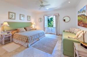 Schooner-Bay-201-Barbados-holiday-rental-bedroom