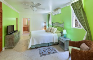 Sundown villa Barbados lower bedroom