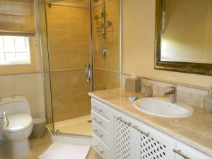 Tara-villa-rental-Barbados-bathroom