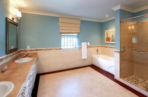 Tara-villa-rental-Barbados-masterbathroom