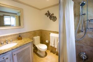 terraces-104-barbados-vacation-rental-bathroom