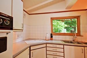 Thespina villa kitchen