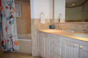 Villas-on-the-Beach-102-Barbados-bathroom