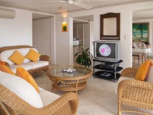 Villas on the Beach 101 living room