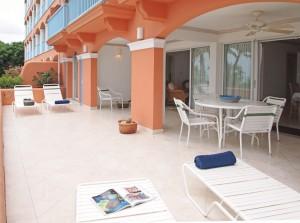 Villas on the Beach 101 sundeck